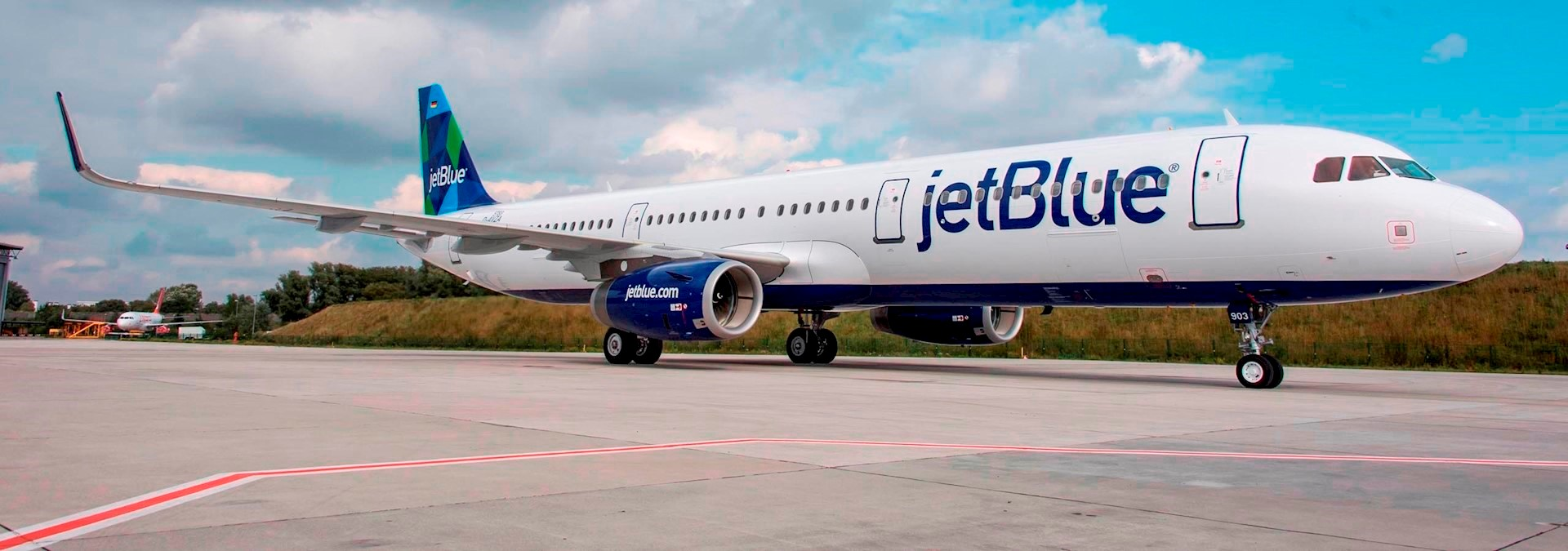 JetBlue encourages 'even more girls - in tech' with an ...